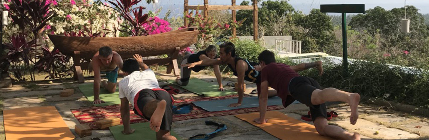 holiday Nusa Penida Bali diving yoga retreat relax